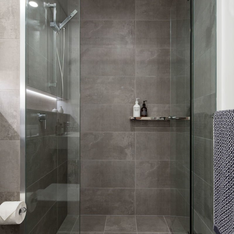 HB_Products_CustomBathrooms (4) (LowRes).jpg