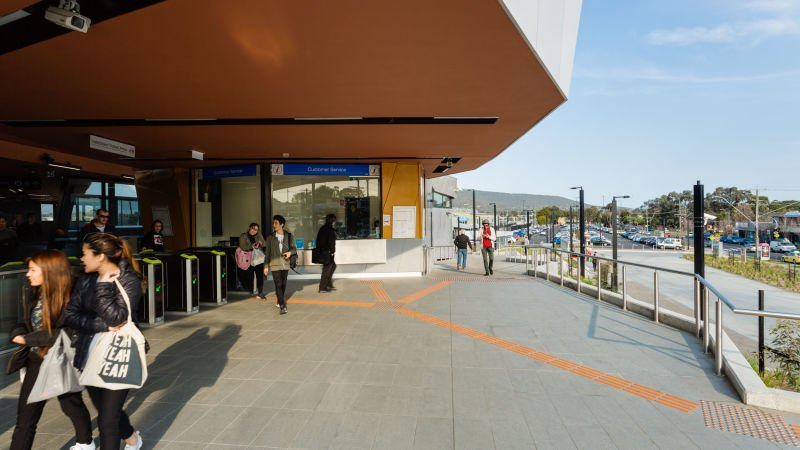 HB_I_BayswaterTrainStation (1) (LowRes).jpg