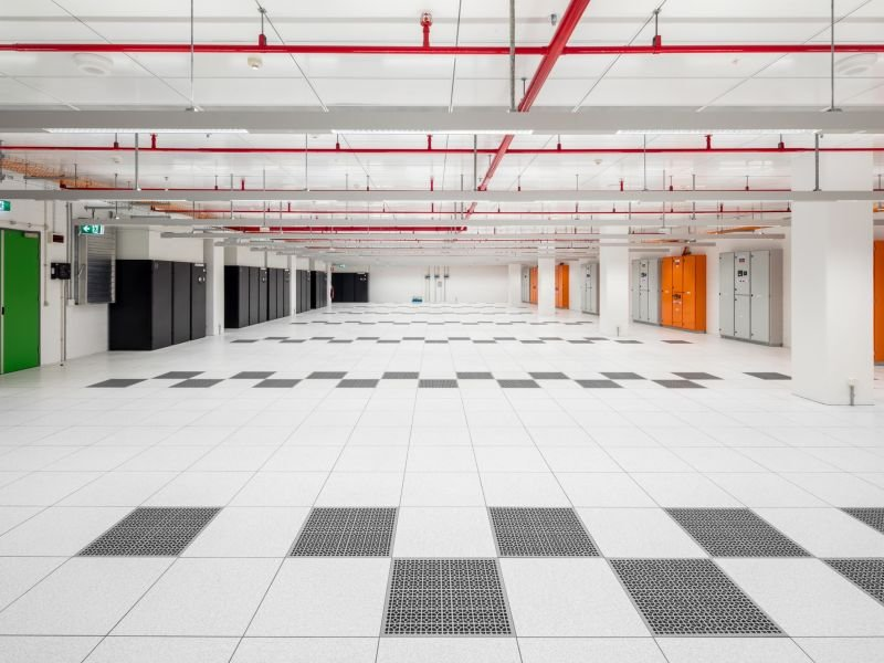 HB_C_GlobalSwitchDataCentre (5) (LowRes).jpg