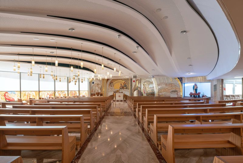 HB-CO-OurLadySouthernCrossChurch-17-LowRes-.jpg